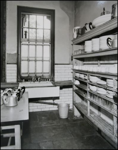 Ward kitchen