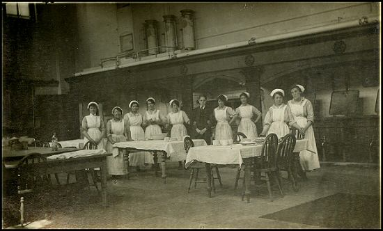 sheffield%20middlewood%20296 how nursing uniforms have changed in 100 years